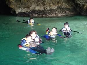 青の洞窟探検&滝あそび