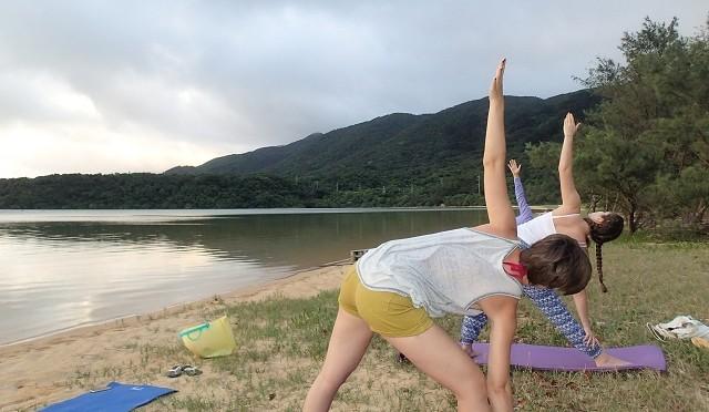 石垣島サンライズヨガ&カヤックリトリートツアー